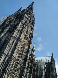 Katja_Schmitt_Cologne_Cathedral