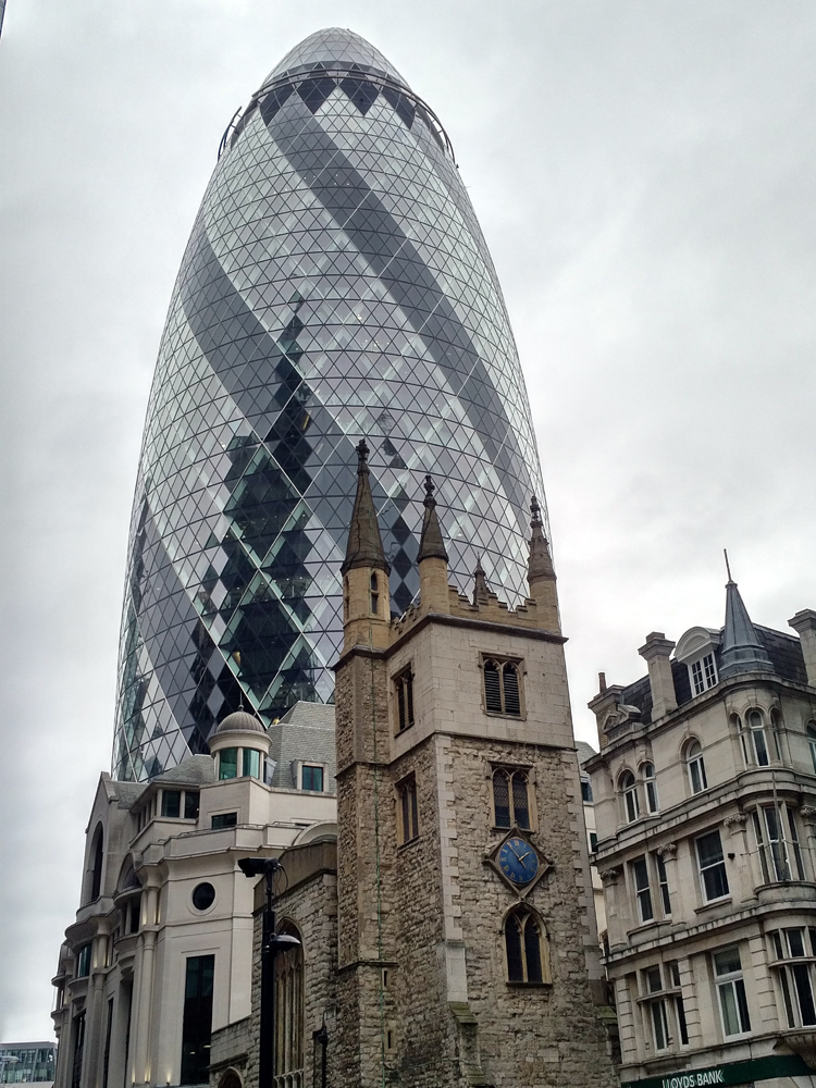 Katja_Schmitt_London_2017_Gherkin