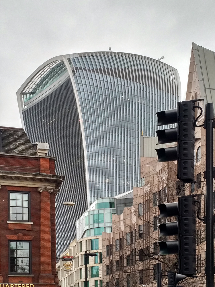 Katja_Schmitt_London_2017_Walkie Talkie City