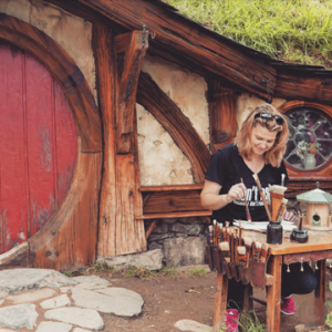 Katja Schmitt_Hobbiton_Artist at Work_Portrait