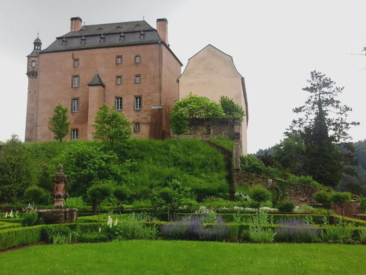 Katja Schmitt Malberg Castle Burg Garden Garten Eifel