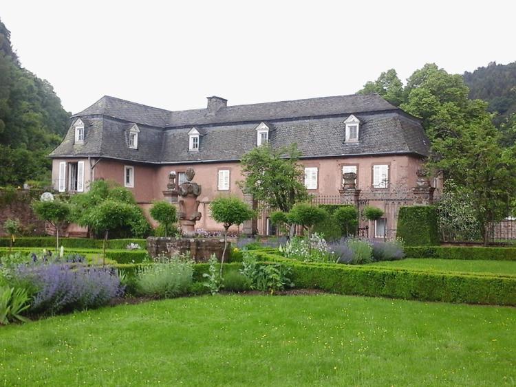 Katja Schmitt Malberg Castle Burg Garden Garten Eifel Brauhaus Brewery