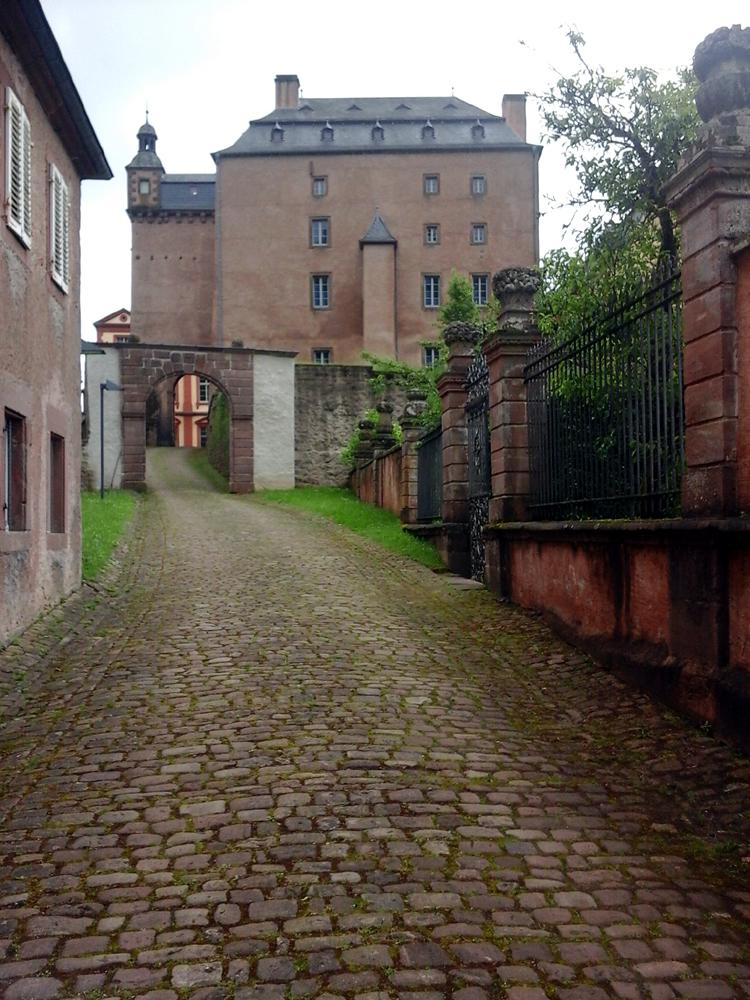 Katja Schmitt Malberg Castle Schloss Tor Gate Eifel