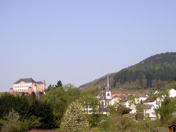 Katja Schmitt Malberg Village Castle Dorf Schloss Eifel